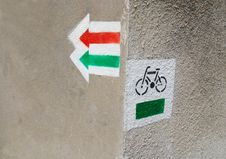 Free Bike Sign Royalty Free Stock Photo - 15579595