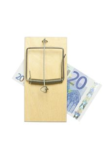 Free Mousetrap And Euro Bill Royalty Free Stock Image - 15581636