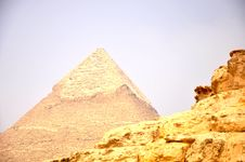 Free Pyramid Stock Images - 15585914
