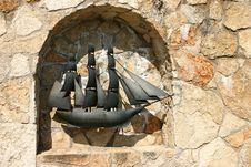 Free Monument Of Sailing Ship Stock Photo - 15594610