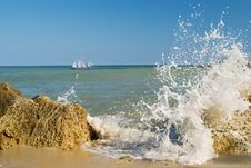 Free Sailing Vessel About Coast Stock Photography - 15595992