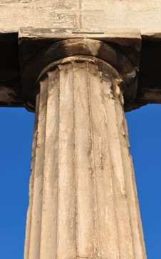 Free Doric Column Close-up Royalty Free Stock Image - 15597326