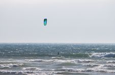 Free Wind Surfing Royalty Free Stock Images - 15598449