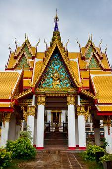 Free Beautiful Buddist Temple Stock Photography - 15598612