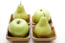Free Apple And Pear Royalty Free Stock Photography - 15599687