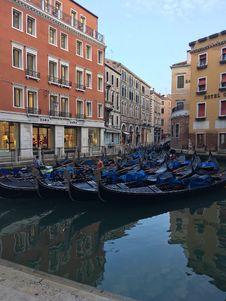 Free Gondolas Royalty Free Stock Photos - 155918538