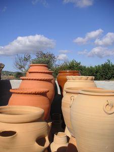 Free Spanish Pottery Scene Stock Images - 1565874