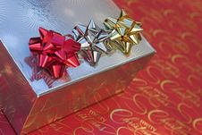 Free Red, Gold & Silver Bows Stock Photography - 1568932