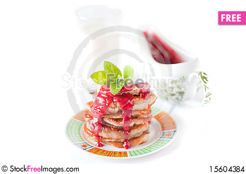 Free Pancakes With Fresh Raspbery Sauce And Mint Stock Images - 15604384