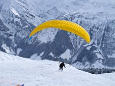 Free Paragliding Royalty Free Stock Photos - 15600198