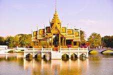 Free Thai Throne Stock Images - 15601394