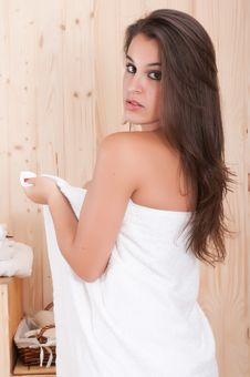 Free Beautiful Woman With Towel In Spa Stock Images - 15608594