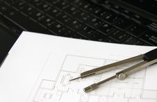 Free Architectural Plan And Laptop Stock Photo - 15608620