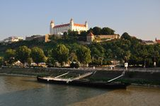 Free Castle In Bratislava Royalty Free Stock Photography - 15609927