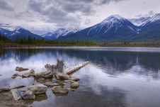 Free HDR Vermilion Lakes Royalty Free Stock Photos - 15612798
