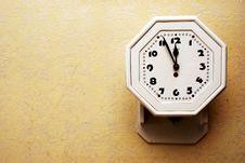 Free Old Clock Royalty Free Stock Photo - 15613425