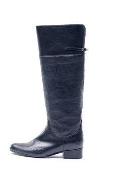 Free Single Black Woman Boot Stock Photos - 15616283
