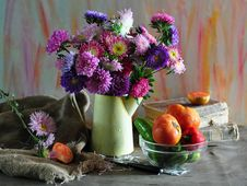 Free Bouquet Of Aster And Vegetables Royalty Free Stock Photo - 15617895