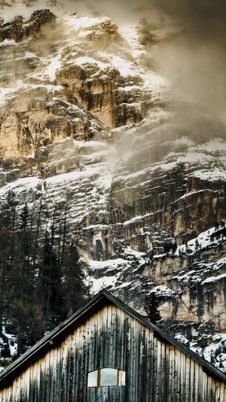 Old Cottage In The Mountains Royalty Free Stock Photography