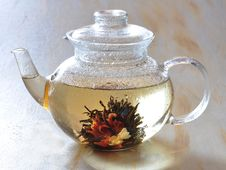Free Chinese Tea Is Brewed In A Tea-pot Royalty Free Stock Photos - 15618958