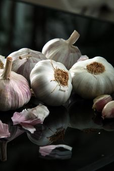 Free Garlic Royalty Free Stock Image - 15619186