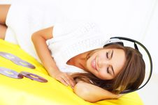 Free Young Woman Listening To Headphones Stock Photos - 15622703