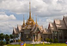 Free Hall Of Arts In Thai Temples. Stock Photos - 15623223