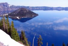 Free Crater Lake Oregon Royalty Free Stock Images - 15626069