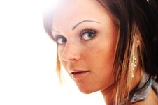 Free Sunny Young Woman Stock Photography - 15627552