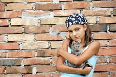 Free Teenage Girl Portrait With Cat Royalty Free Stock Images - 15629899