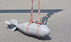 Free Dummy Bomb Lifting Royalty Free Stock Photography - 15639527