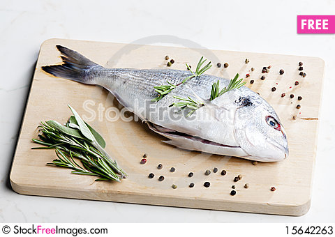 Free Raw Bream Stock Photos - 15642263