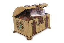 Free Treasure Chest With Money Royalty Free Stock Image - 15642646