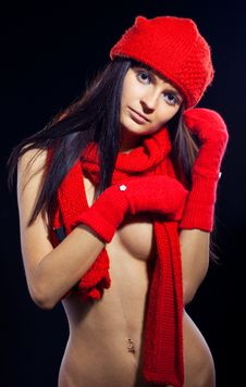 Free Woman With Red Hat And Mitten Stock Photography - 15647312