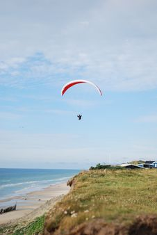 Free Paraglider Royalty Free Stock Photos - 15648518