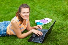 Free Student With Laptop Stock Photos - 15649033