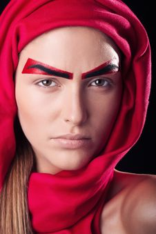 Red Eyebrows On The Person Of The Young And Beauti Royalty Free Stock Photo