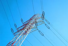 Free Red And White Electricity Pylon Royalty Free Stock Image - 15651876