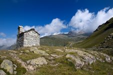 Free Alpine Landscape And Church Stock Photography - 15654532