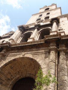 Free Egyption Style Architechture, Cuba Royalty Free Stock Image - 15655536