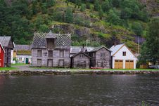 Free Traditional Wooden Houses In Lyrdal, Norway Royalty Free Stock Photo - 15659415