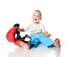 Free Little Boy With The Boxing Gloves Royalty Free Stock Photo - 15662675