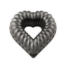 Free Heart Shape Cake Form Isolated On White Background Royalty Free Stock Images - 15663679