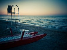 Free Rest Of The Lifeguard Royalty Free Stock Photography - 15664367