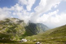 Free Alpine Valley In Romania Royalty Free Stock Photos - 15664488