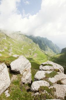 Free Alpine Valley In Romania Royalty Free Stock Photos - 15664498