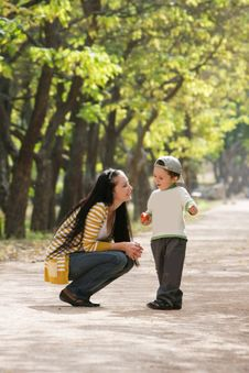 Free Mother And Son In Park Stock Photo - 15666250