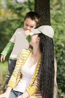 Free Mother And Son Outdoors Stock Images - 15666304