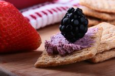 Free Wheat Crackers With Fruit Royalty Free Stock Photos - 15667148