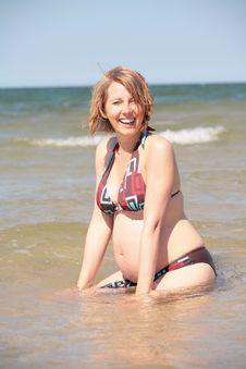 Free Pregnant Woman On The Beach Stock Photos - 15668123